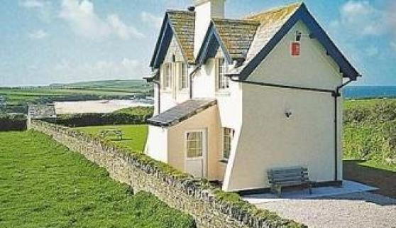 St Cadoc Cottage, Harlyn Bay, Cornwall